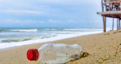 Кока Кола замърсяване с пластмаса